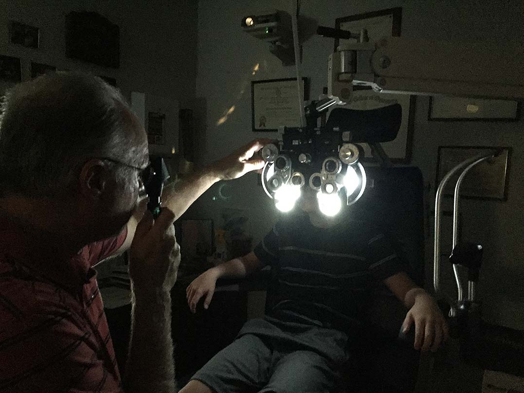 Rock Island Optometric Center Now With Vision Source